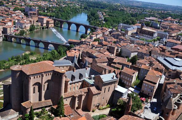 aerial-view-of-albi
